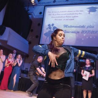 128SUAŠ_maturantski_ples_2018_foto_Mankica_Kranjec